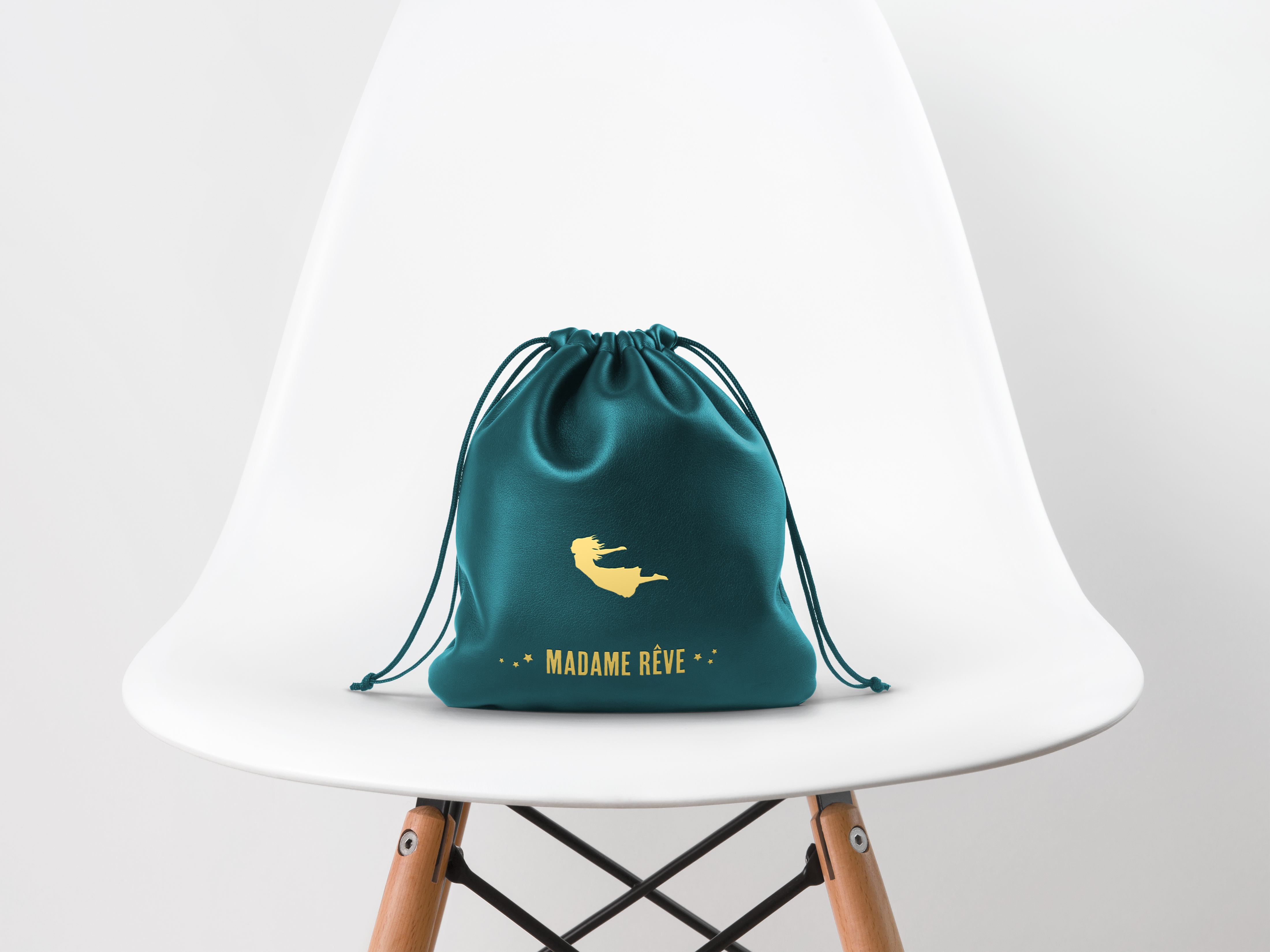 Leather-Drawstring-Pouch-MockUp
